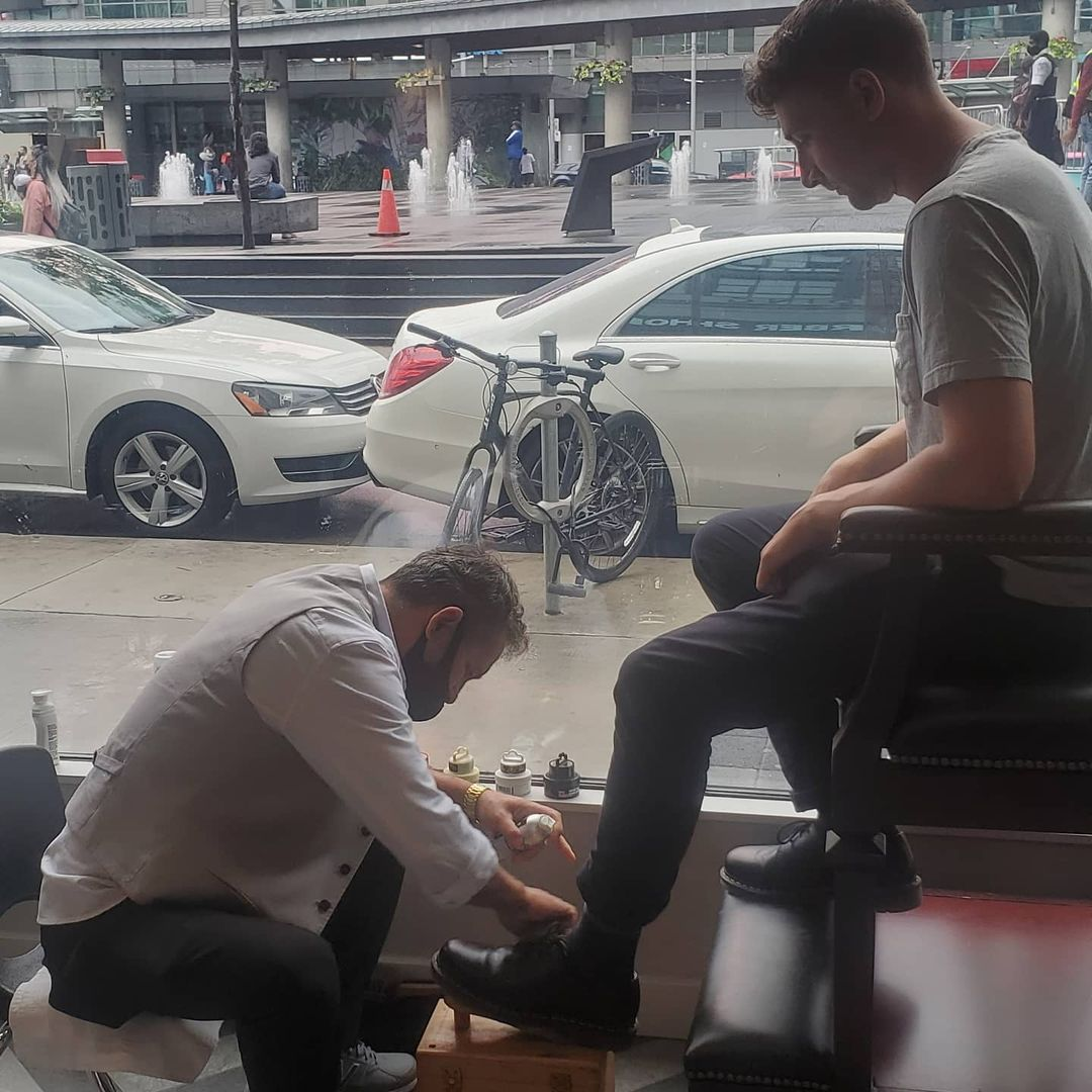 Shone Clean Dundas Square Barbers