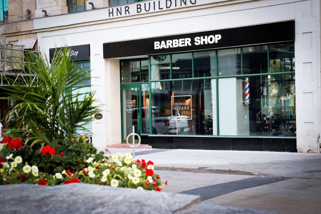 Dundas Square Barber Dundas Square